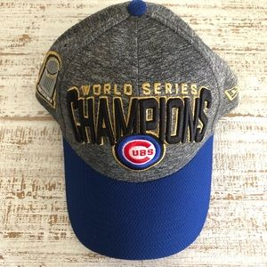 Fitted Gray & Blue Chicago Cubs Hat